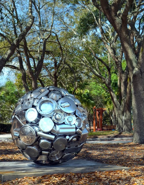 Public Sculptures by Donald Gialanella seen at Private Residence, Lakeland - Plenum Orb