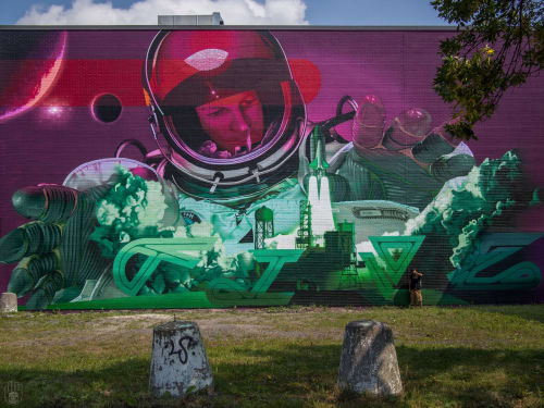 Murals by FIVE8 seen at Montreal, Montreal - Relativity, 2015