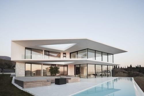 Architecture by Perathoner Architects seen at Lake Garda - Villa Belvedere