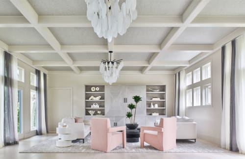 Interior Design by D2 Interieurs seen at Private Residence, Bridgewater - Lake House Luxe