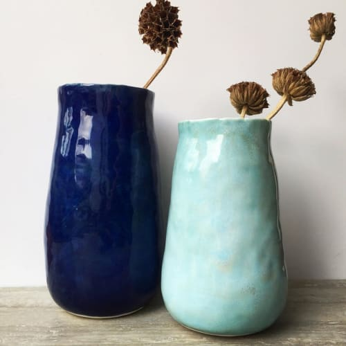 Vases & Vessels by Nicola Hart seen at Private Residence, Greenwich - Ceramic Vase