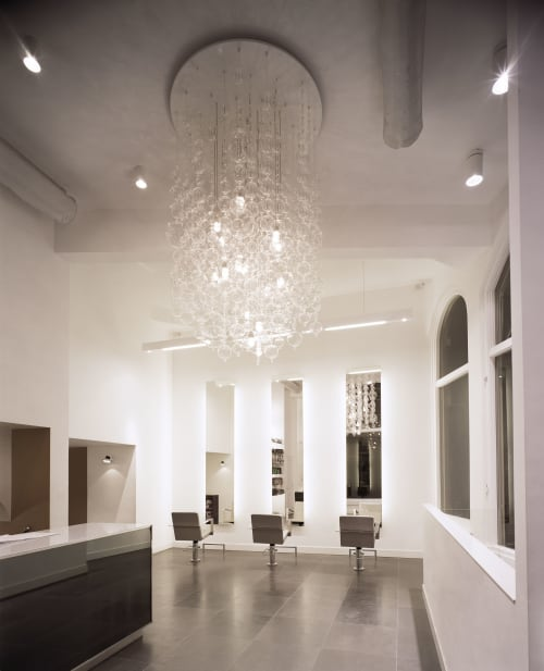 Chandeliers by Muurbloem design studio seen at Utrecht, Utrecht - Muurbloem Dot Show