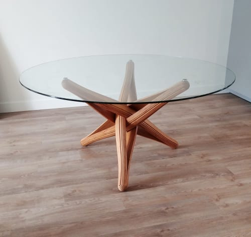 """""""lock"""" caramel bamboo dining table 