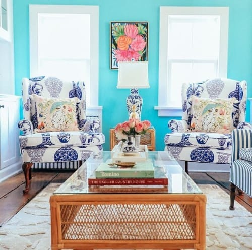 Paintings by Laura Dro seen at Private Residence, New Canaan - Floral Painting