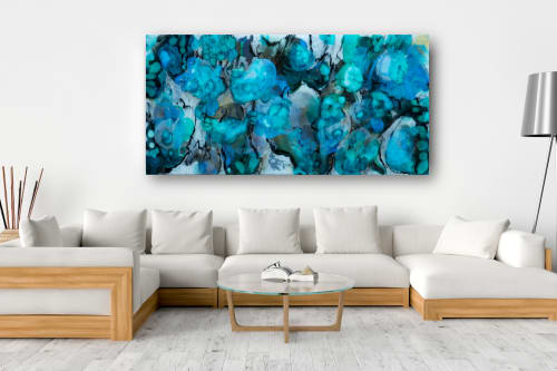 Paintings by Christina Twomey Art + Design seen at Private Residence, New York - WATER LILY