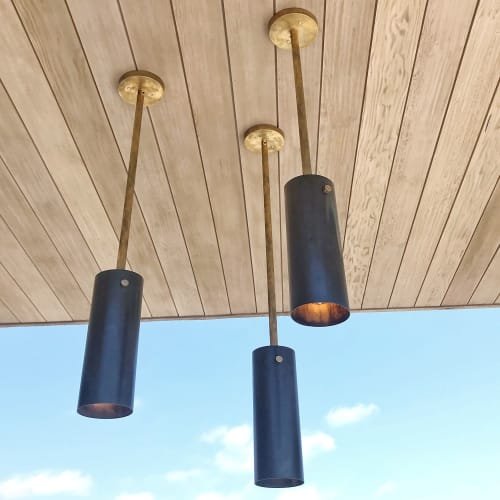 Pendants by Buzzell Studios seen at Private Residence, Los Angeles - Olsen Exterior Pendants
