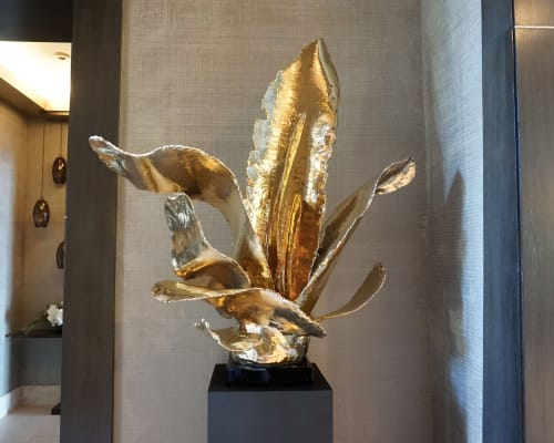 Sculptures by Ron Dier Design seen at Private Residence, Newport Beach - Ayer's Wing