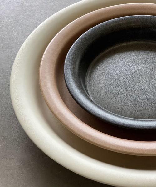 Ceramic Plates by Bokyung & Minsoo seen at SOOBO, Dießen am Ammersee - ceramic atelier SOOBO