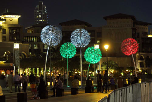 Public Sculptures by Mirek Struzik seen at Dubai, Dubai - Dandelions - Dubai
