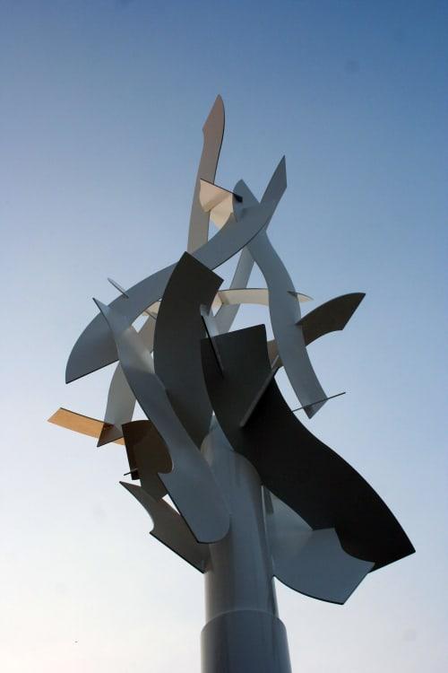 Public Sculptures by Richard Taylor seen at Milwaukee, WI, Milwaukee - First Flight