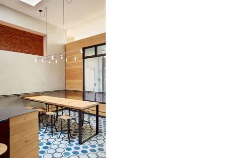 Liholiho Yacht Club, Bars, Interior Design
