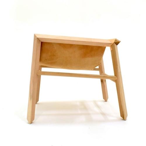 Poltrona 1902 | Chairs by Espina Corona