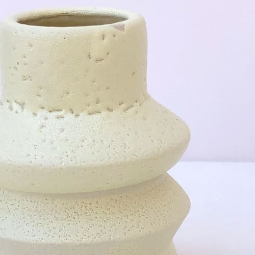 Vases & Vessels by niho Ceramics seen at Creator's Studio, Sitges - Zig Zag Vase