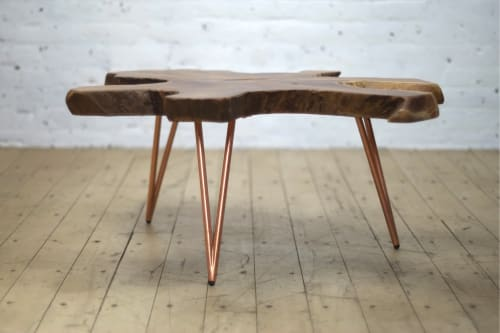 Tables by From the Source seen at Private Residence, New York - Starfish Slabs Table