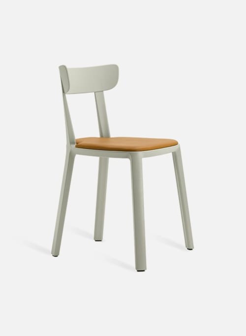 Chairs by TOOU seen at PASTOBOY, Teheran-ro 25-gil - Cadrea Chair