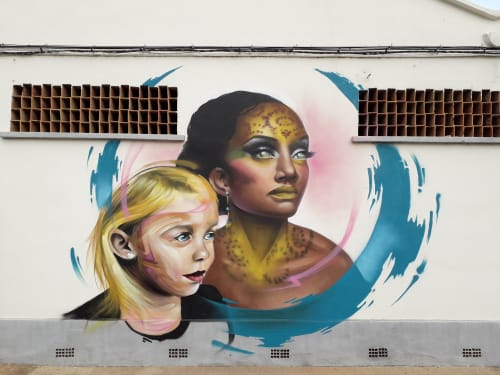 Murals by Nacho Mawe - Different races, same direction