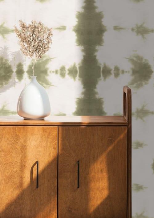 Wallpaper by Eso Studio seen at Creator's Studio, Grand Rapids - Tiger Eye - Sage