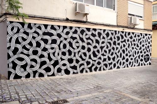 Street Murals by Stillo Noir seen at Carrer de Zarra, 19, València - Zedre Mural