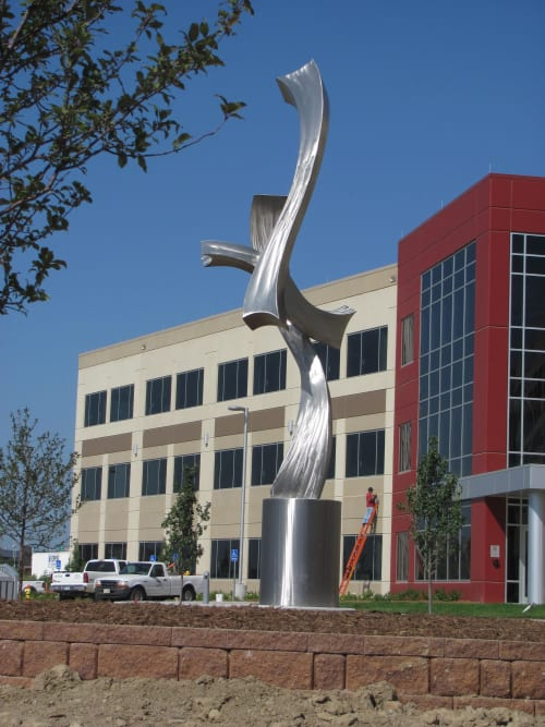 Public Sculptures by Kevin Robb Studios seen at 18020 Burt St, Omaha - Flying Kites