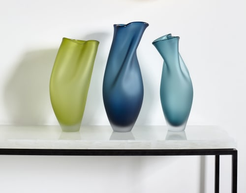 Sculptures by Jeff Goodman Studio seen at Private Residence, Toronto - Ovelle Vase