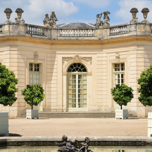 Vases & Vessels by Serralunga seen at Palace of Versailles, Versailles - VERSAILEES - outdoor planter