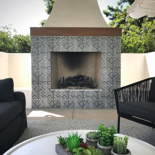 Tiles by StoneImpressions seen at Private Residence, Rancho Santa Fe - Waterways Carrara