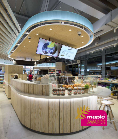 Interior Design by Haidyne Azevedo seen at Autogrill Brughiera Ovest, Castronno - Autogrill Smart