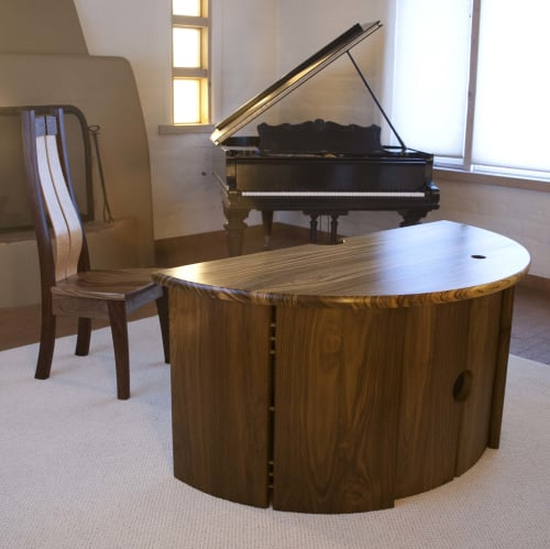 Furniture by Earl Nesbitt Fine Furniture LLC seen at Private Residence, Bernalillo - Custom Made Desk