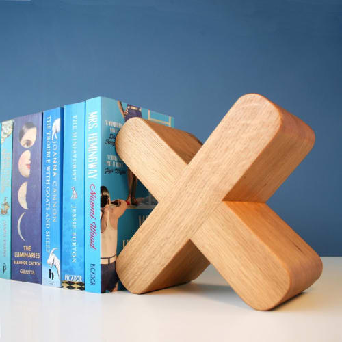 Furniture by CHARLIE CAFFYN FURNITURE seen at Private Residence, London - Turleigh Bookends