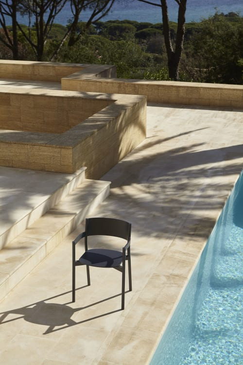 Chairs by Timothée Mion seen at Private Residence, Sainte-Maxime - Primaire