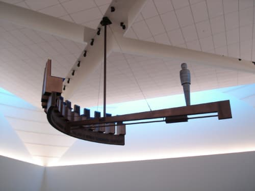 Sculptures by Michael Davis at Bronx County Hall of Justice, Bronx - Equilibrium