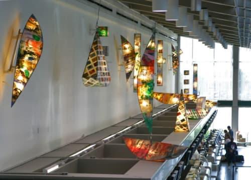 Sculptures by Leslie Birleson at Sacramento International Airport, CA, Sacramento - Traveling Light