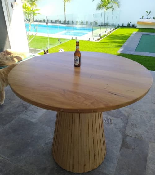 Connor-seur Bar/Dining Table | Tables by OZTABLES