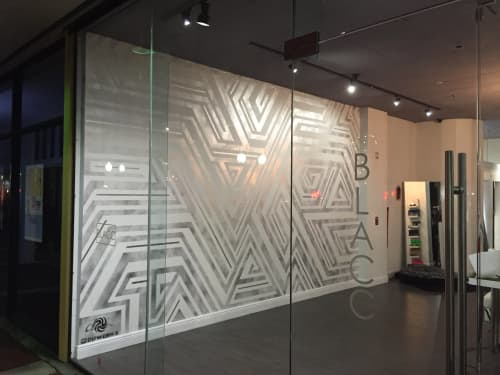 """Murals by Chris """"DüWerks"""" Dudot seen at Blacc Boutique, Miami Lakes - Linear Abstract Mural"""