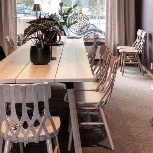 Y5 Chair | Chairs by Hans K | Skanska Fastigheter Göteborg AB in Gårda