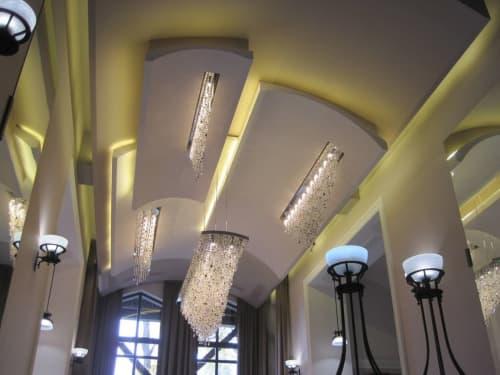 Chandeliers by ILFARI seen at Private Residence, Beek en Donk - Bespoke Lighting Project