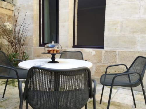Tableware by Tina Frey seen at Yndo Hotel, Bordeaux - Pedestal Cake Stand