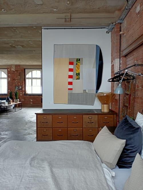 White   Flowers   Linen Quilt   Wall Hangings by DaWitt   Daniela Witt Studio in Leipzig