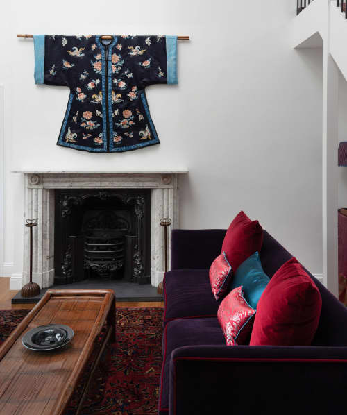 Interior Design by Robert London Design seen at Rossetti Garden Mansions, London - Curated Ornamentation Interior