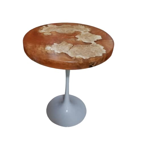 Cast resin table   Tables by fab&made