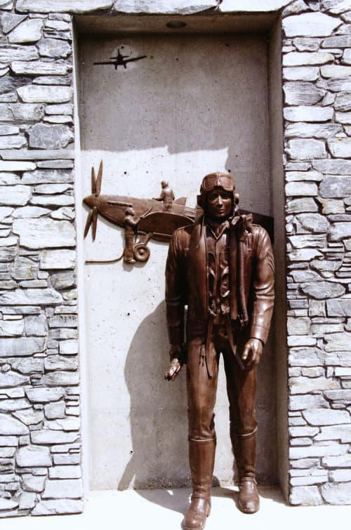 Currie Barracks WWII Air Force Commemorative Statue | Sculptures by Don Begg / Studio West Bronze Foundry & Art Gallery