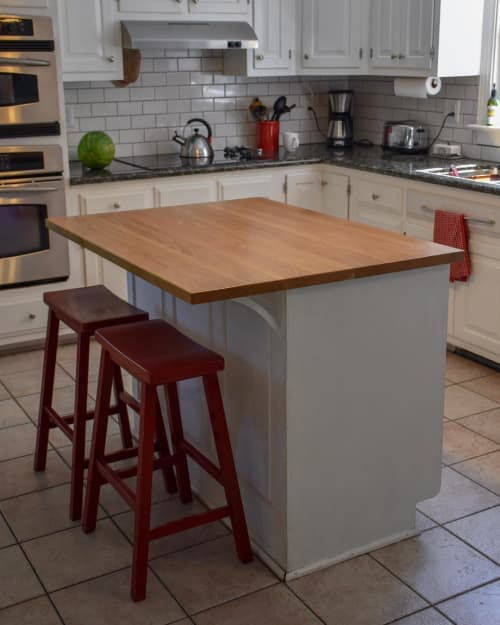 White Oak Island Top   Tables by The Timbered Wolf by Christopher Dean