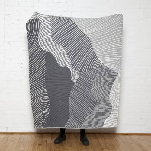 Linens & Bedding by Jill Malek Wallpaper - Reef Throw   Gris/grey