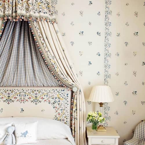 Curtains & Drapes by Chelsea Textiles seen at Private Residence, London - Scattered flowers sprig