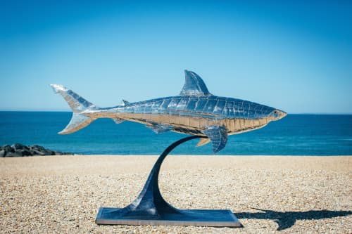 Great white Shark   Sculptures by Michael Turner Studios