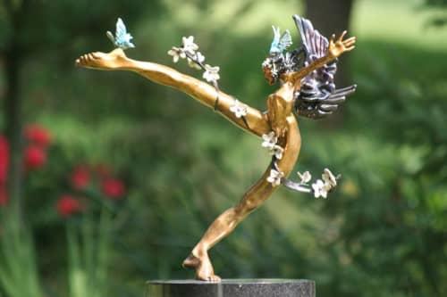 Iziria | Sculptures by Nicole Taillon
