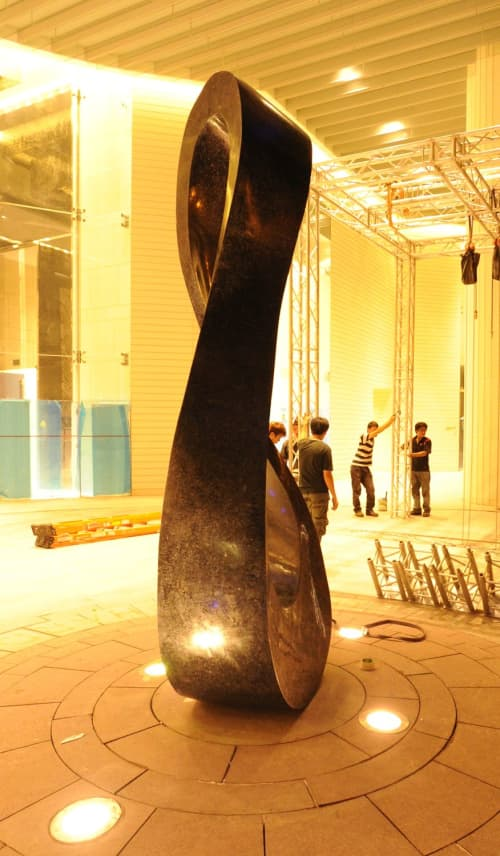 Public Sculptures by Jeremy Guy Sculpture seen at ION Orchard Mall, Singapore - Mobius H12