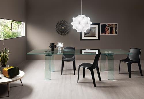 Kayo extensible table | Tables by Satyendra Pakhalé | Villa Miralfiore in Pesaro
