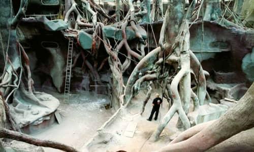Sculpture of artificial jungle | Sculptures by Lukáš Rittstein | Prague Zoo in Praha 7