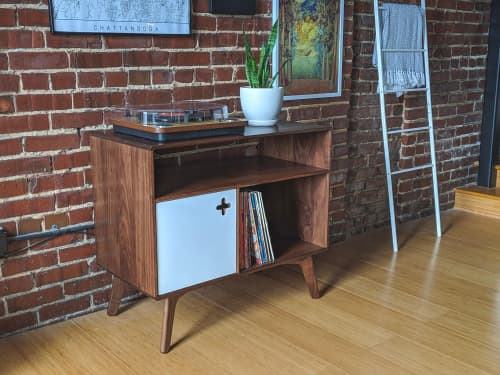 Furniture by Max Moody Design - Record Player Stand with Receiver Slot | Record Player Stand